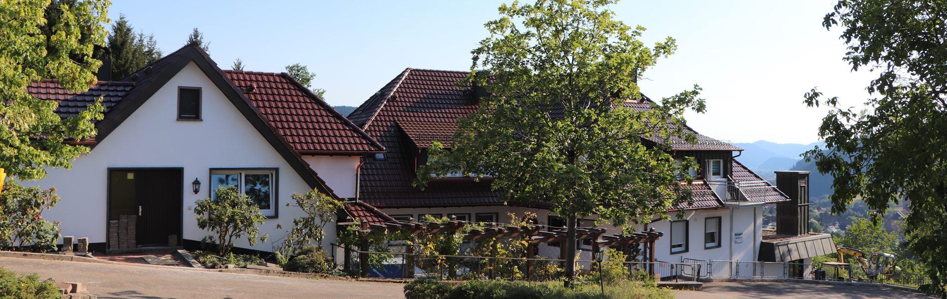 wohnpark-schwarzwald-aussicht-sommer